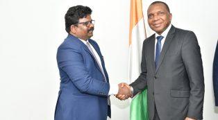 Barik Narendra Prasad reçu par le Ministre Jean-Claude KOUASSI