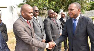 Le Ministre Jean-Claude KOUASSI visite la Cartographie et la SODEMI